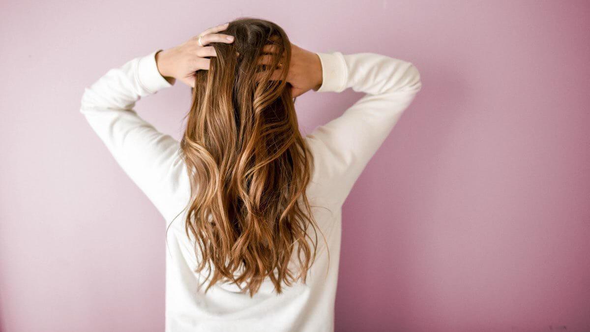 Le ragioni della perdita di capelli nelle donne - zty Health Istanbul