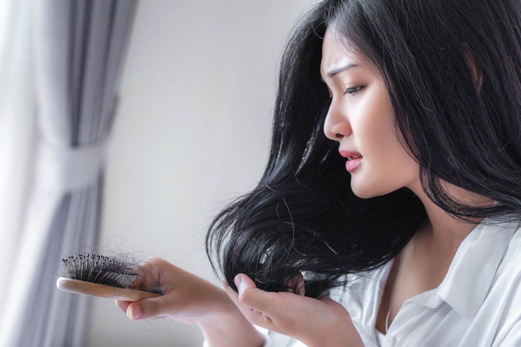 Queda de cabelo relacionada ao estresse - Zty Hair Transplant Turkey