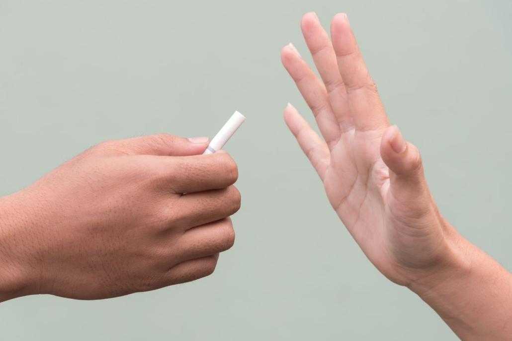 Pouvez-vous fumer avant, pendant et après la greffe de cheveux - Zty Greffe de Cheveux Turquie